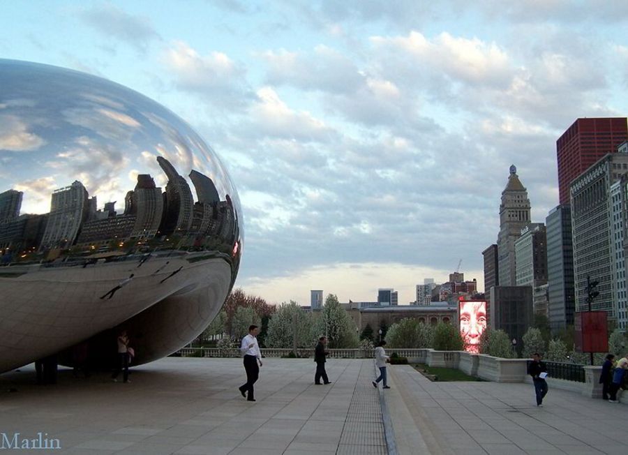 Cloud Gate Sculpture