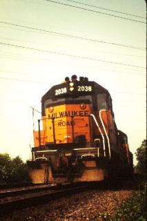 Milwaukee Road GP40 #2038